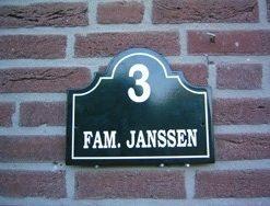 Nostalgische vlakke naamplaten